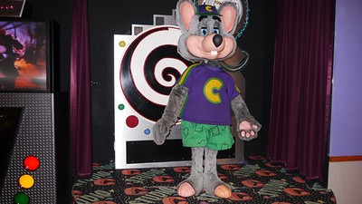 I Spent the Evening at Chuck E. Cheese's, the Most Magical Place on Earth