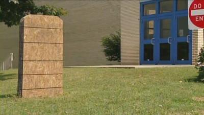 A Pastor Wants to Build You a Ten Commandments Monument