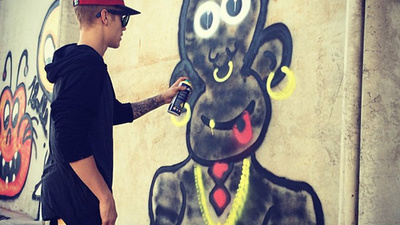 Justin Bieber's Monkey Graffiti Might Have Been a Mistake
