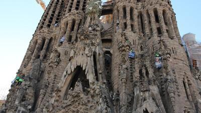 ¿Qué opinan los turistas rusos en Barcelona sobre la protesta de Greenpeace?