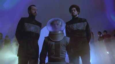"Broken Bells continúa su saga espacial con ""After The Disco: Part Two, Holding On For Life"""