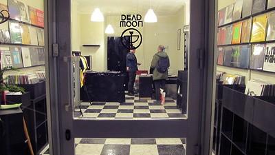 En Dead Moon tienen los mejores discos de 2013