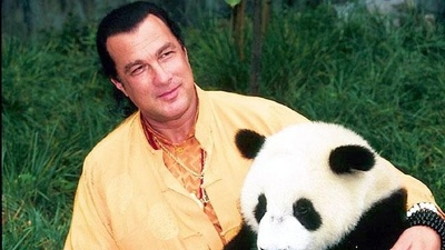 Steven Seagal Is the Lamest Guy Ever