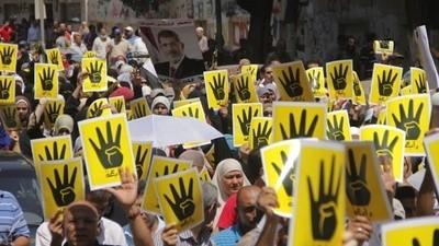 Faisel gelooft nog in Morsi en de Moslimbroederschap