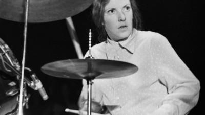 Moe Tucker et ses souvenirs des débuts du Velvet Underground