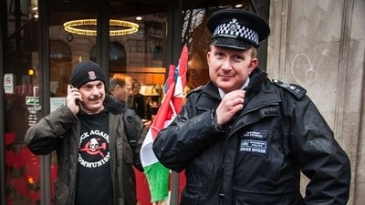 De Messias van Hongaarse neonazi's kreeg geen warm welkom in Londen