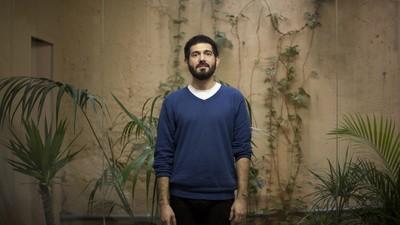 Manuel Cruzcastillo vuelve a presentar colección en solitario