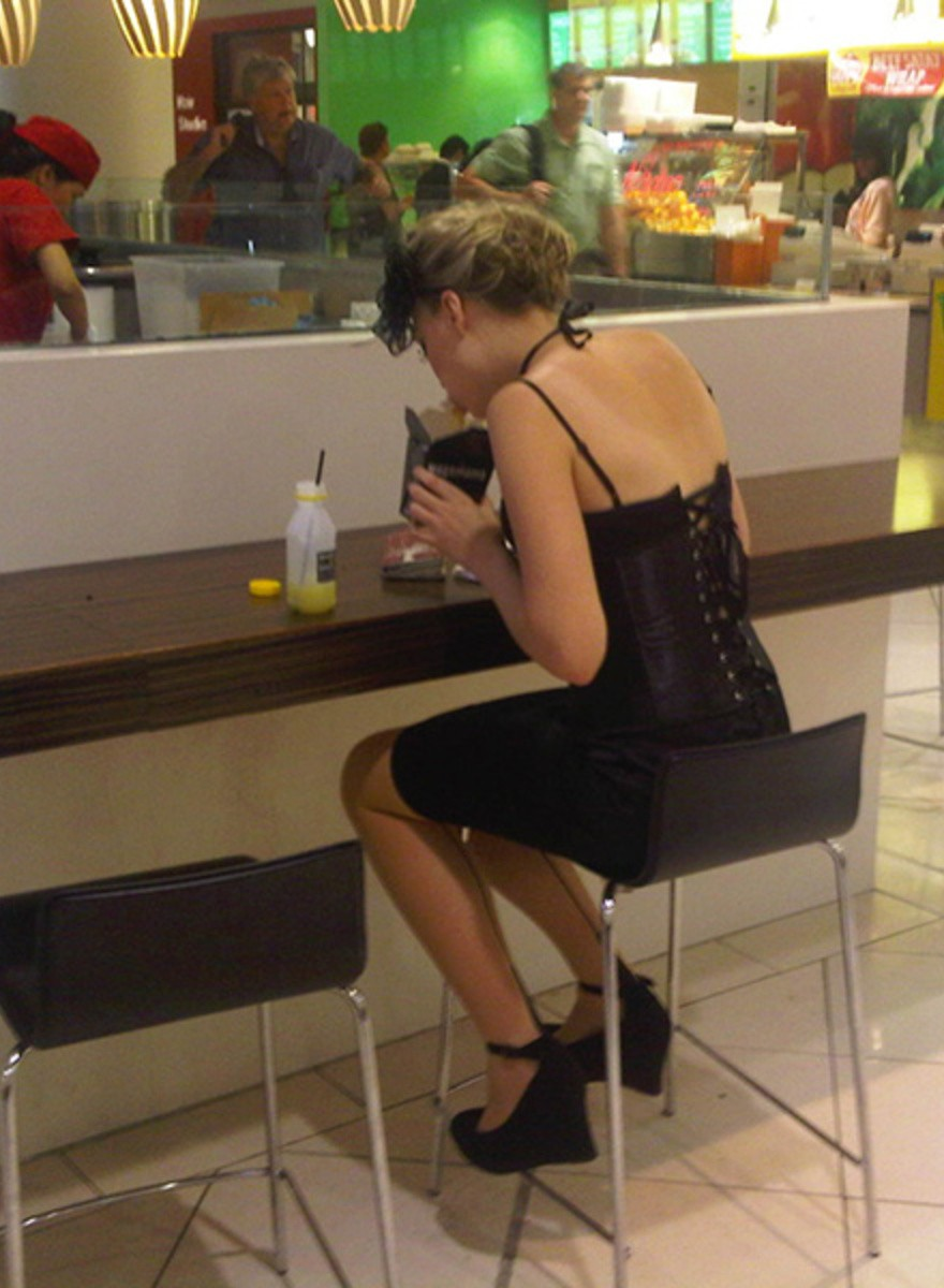 In Honor of Valentine's Day, Here Are Some Photos of People Eating By Themselves