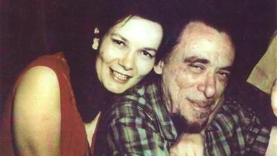 Deze vrouw deed het jarenlang met Charles Bukowski