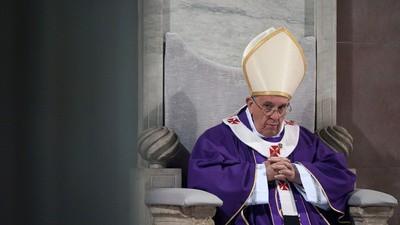 El Papa Francisco acusado de ocultar los abusos sexuales a menores