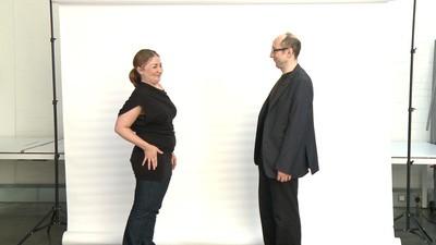 On a demandé à vingt inconnus non-mannequins de se faire un bisou pour la première fois
