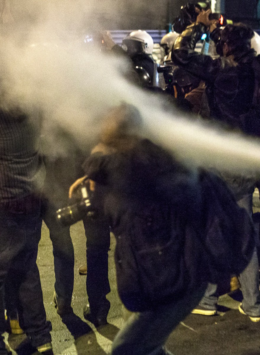 Atenas celebra con disturbios el nuevo tramo del pago del rescate
