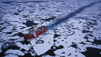 Here's Why Russia and Canada Are Clamoring for the Arctic