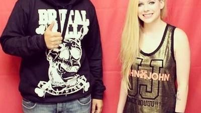 Ist es eigentlich eine Strafe, Fan von Avril Lavigne zu sein?
