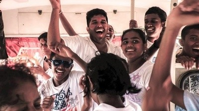 Tour Buses to Sri Lanka's Battlefields