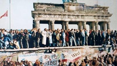 Die Mauer ist gefallen und alle Berliner sind Schuld daran