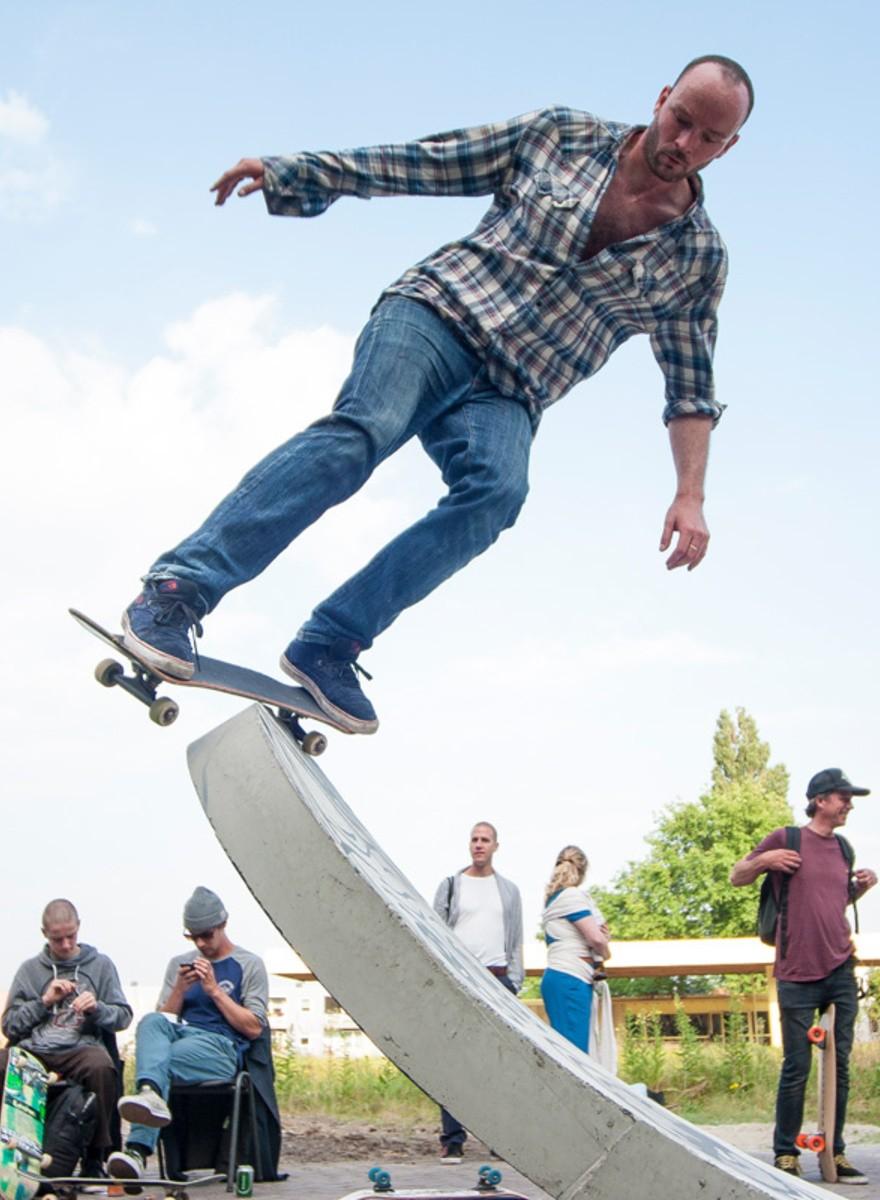 Opening DIY-skatepark in Amsterdam-Noord