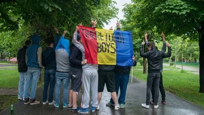 Protestul din Parcul Tineretului a fost ca o plimbare romantică prin ploaie