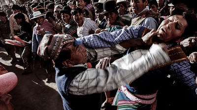 Tinku: sangre fresca de bolivianos para una buena cosecha
