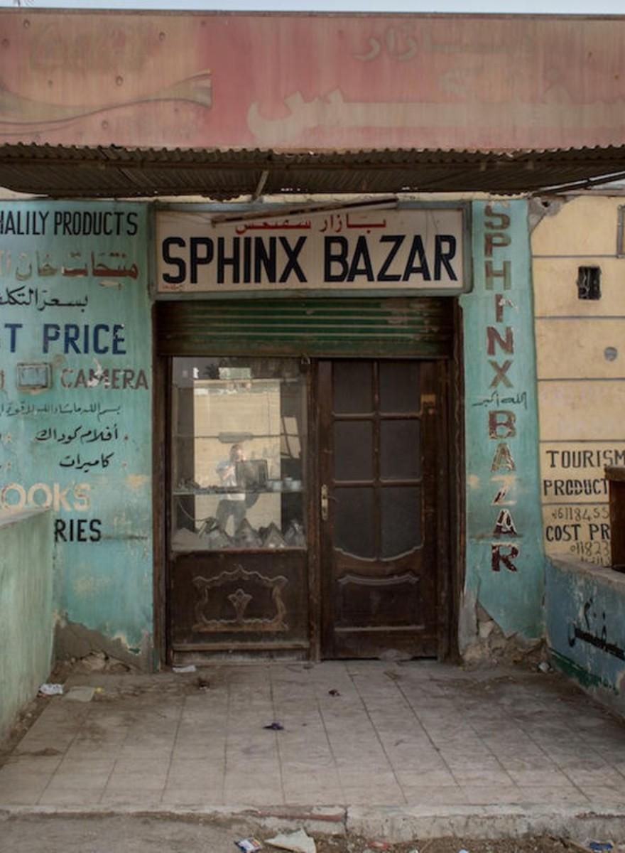 Visitamos las desiertas atracciones turísticas de Egipto