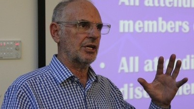 Did Euthanasia Advocate Philip Nitschke Help a Murder Suspect Kill Himself?