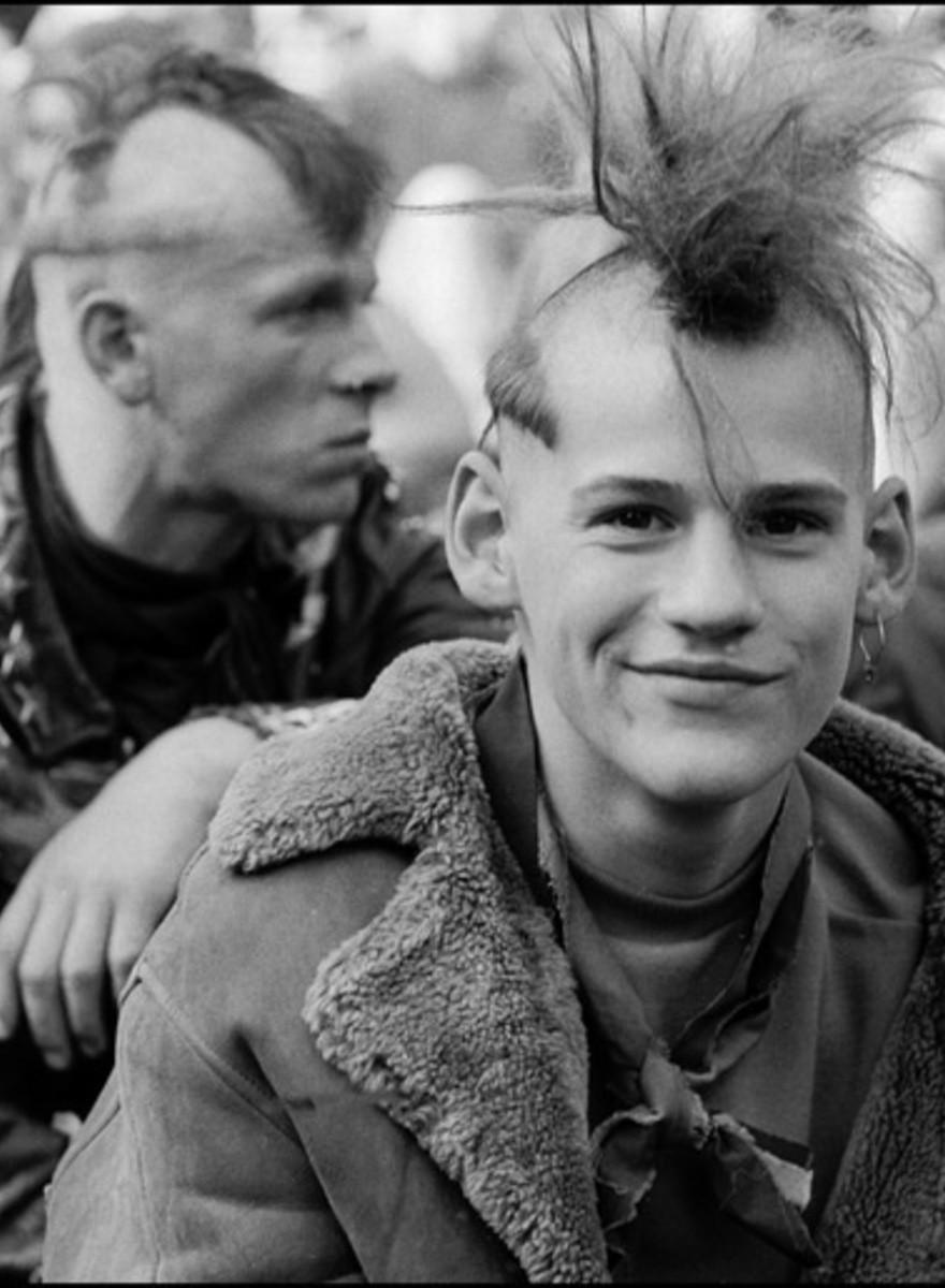 Deutsche Legenden der Fotografie—Harald Hauswald und die Hooligans von Erich Mielke