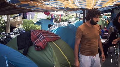 Un grupo de refugiados sirios está retenido indefinidamente en Ceuta