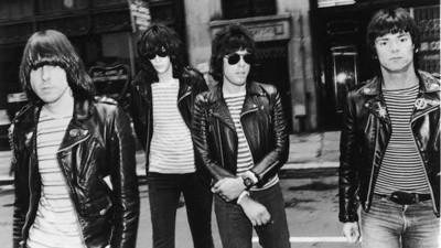 14 años sin Joey Ramone