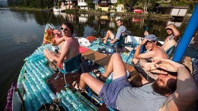 Euforická plavba na Petburgu
