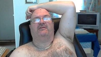 Tenhle týpek strávil celý život před webkamerou