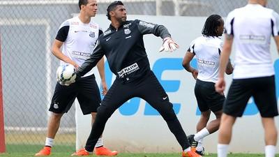 Racismo no Futebol: Aranha Fez Mais Pelo Negro no Esporte do que Pelé e Anderson Silva Juntos