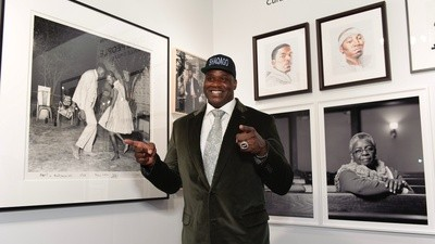 Shaquille O'Neal's Art Fair Is Art