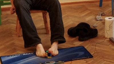 Mats (18) uit Amstelveen kan het snelst ter wereld een Rubik's Cube oplossen