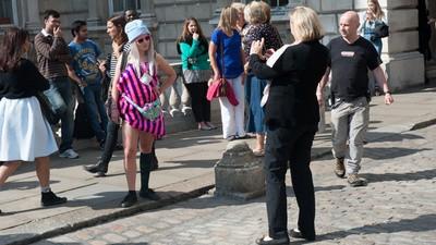 Me vestí como un cuadro durante la Semana de la Moda de Londres y engañé a todos