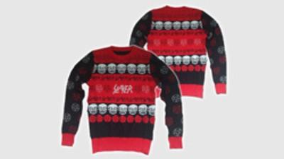 El jersey navideño de Slayer es una desgracia