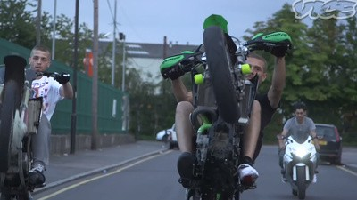 London Bikelife: los adolescentes moteros de las afueras de Londres