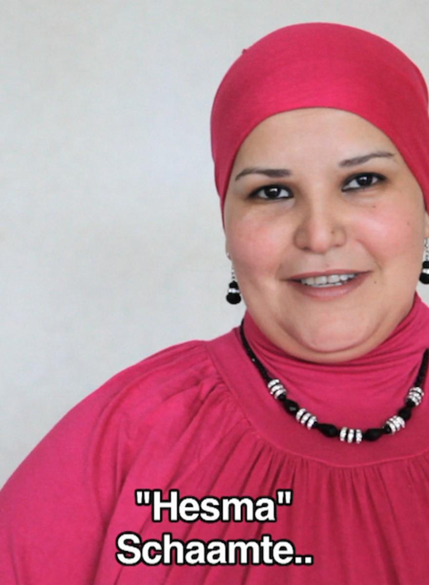 Marokkaanse moeders doen een boekje open over hun zoons