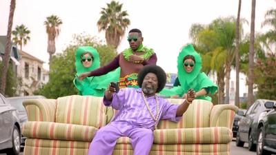 """La versión nueva y perfeccionada de """"Because I got high"""" de Afroman"""