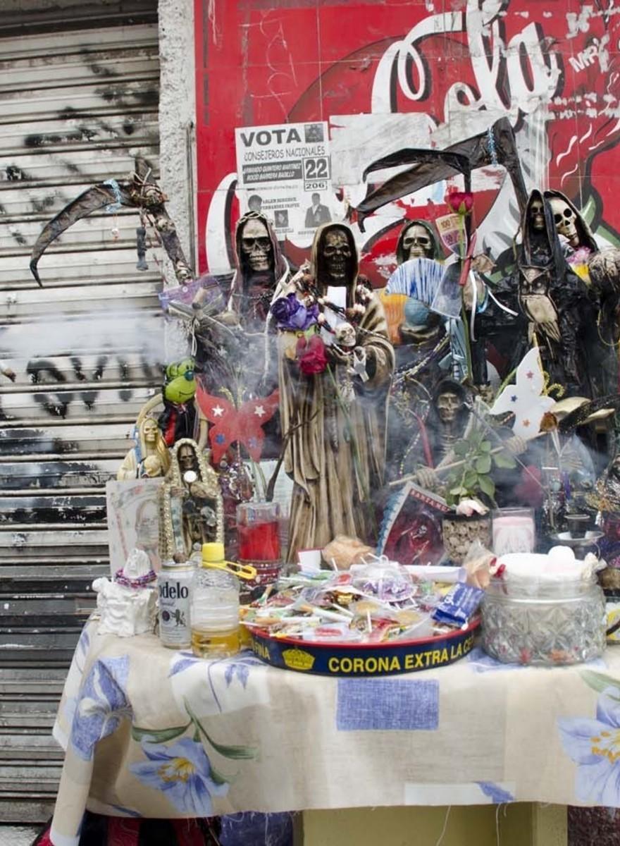 De Mexicaanse beschermheilige van criminelen en buitenstaanders