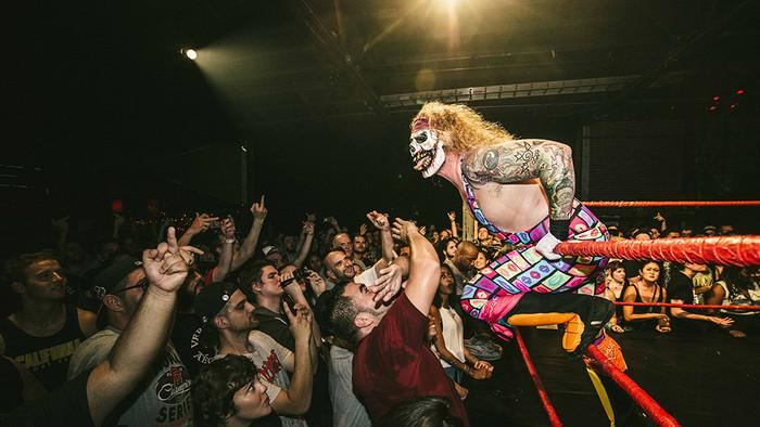 The Drunken, Bloody Pro Wrestling of Hoodslam Isn't for Kids