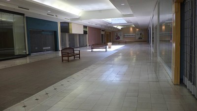 The Internet Is Taking Over America's Abandoned Shopping Malls