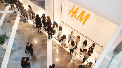 Lining Up Outside H&M For Alexander Wang