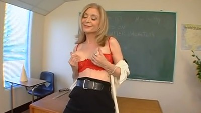 Things I Learned About Pleasing a Woman from Legendary Porn Star Nina Hartley