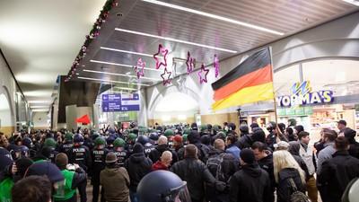 Antifa vs. HoGeSa: Jagd auf Nazi-Hools
