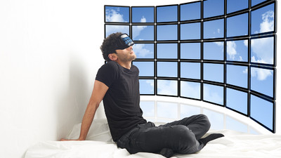 This Guy Is Going to Spend a Whole Month Alone in a Room with Virtual Reality Goggles Strapped to His Face