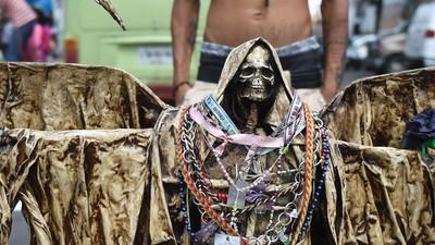 El culto a la Santa Muerte está ganando más adeptos que cualquier otra religión del mundo