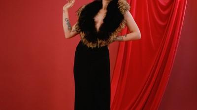 Barbas de Glitter, Decotes e um Foda-se ao Gênero: Um Dia com as Mulheres Drag Queens de Londres