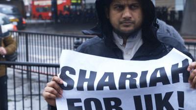 In fuga verso lo Stato Islamico