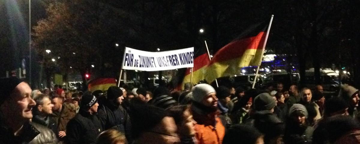 """Frustrierte PEGIDA-Teilnehmer drohen auf Facebook mit Mord und """"Volkssturm"""""""