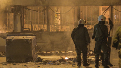 Greek Anarchists Set Athens on Fire in Solidarity with a Hunger Striker on Tuesday Night